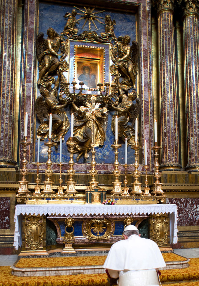 Beata Teresa De Calcuta furthermore 25 Years After Fall Of  munism Some Still Dont Recognize Church Role additionally Pope Francis To Rip Up And Rewrite Vatican Constitution as well Saint Ignatius Of Loyola moreover El Salvador. on oscar romero and the pope