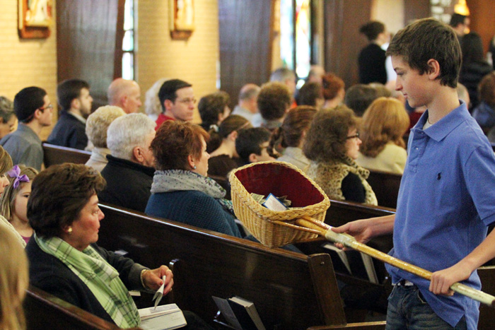http://catholicphilly.com/media-files/2013/12/Ephiphany-Youth-Steven-Mahady-IMG_5748.jpg
