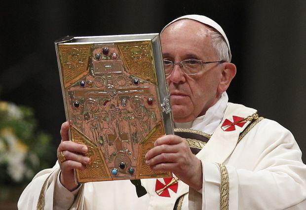 Chrystus obecny w słowie podczas Mszy świętej wzywa Kościół do współpracy w dziele zbawienia