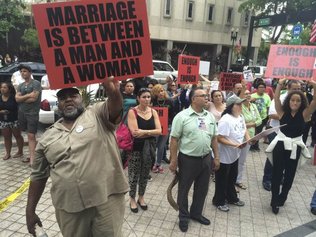 against gay marriage Gay marriage affects everybody, including married straight people public school students are taught against the teachings of their parent's faith kids of gay marriages influence the belief systems of.