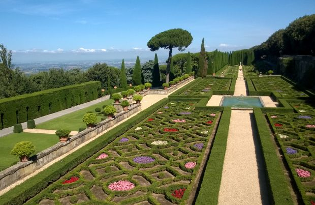 The Belvedere Garden with its bushes and flowers carefully trimmed into geometric shapes is one of the historic sections of the papal villas in Castel Gandolfo, Italy. (CNS photo/Henry Daggett)