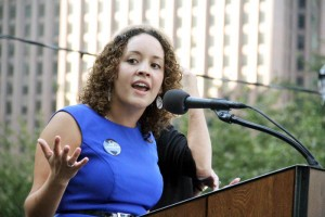 """Giovanna Romero from Latinos Por vida speaks on """"Movilizando a Los Latinos Para Defender La Vida""""."""