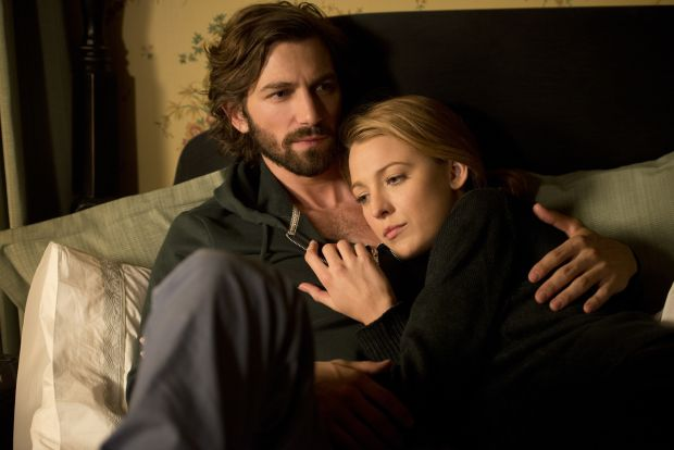 "Michiel Huisman and Blake Lively star in a scene from the movie ""The Age of Adaline."" (CNS photo/Lionsgate)"