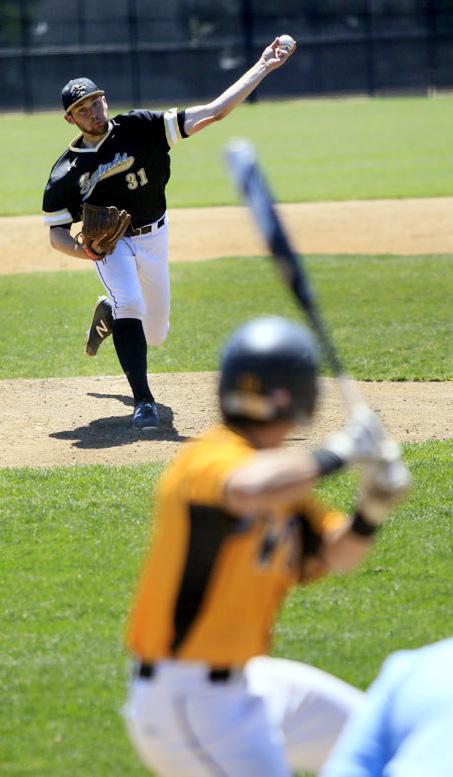 Wood pitcher 31 Pat Doudican