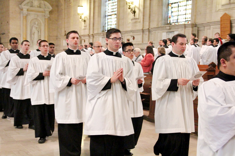 Kyle Adamczyk, Austin Chukinas, Eric Banecker and fellow seminarians from St Charles recess