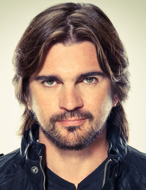 Latin singing sensation and award-winning artist Juanes will sing at the Festival of Families.