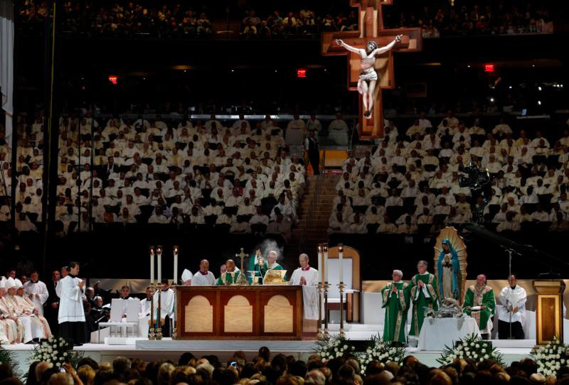 Pope Francis censes the altar as he  celebrates Mass at Madison Square Garden in New York Sept. 25. (CNS photo/Paul Haring) See POPE-NY-MASS Sept. 25, 2015.