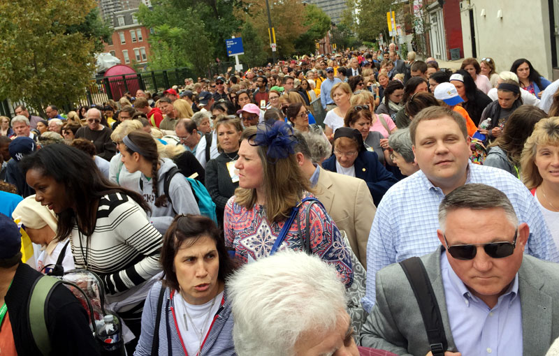 Long lines for security check points left people waiting up to four hours just to enter the Parkway. Photo by Sarah Webb
