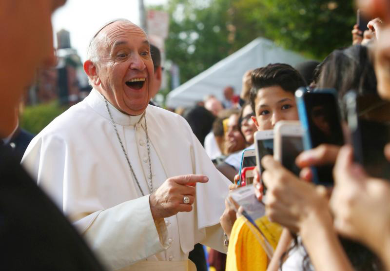 Pope Francis arrives at Our Lady Queen of Angels School in the East Harlem area of New York, Sept. 25. (CNS photo/Eric Thayer, pool) See POPE-NY-IMMIGRANTS Sept. 25, 2015.