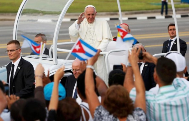 Pope Francis waves to the crowd as he  arrives to celebrate Mass in Revolution Square in Havana Sept. 20.  (CNS photo/Carlos Garcia Rawlins, Reuters)