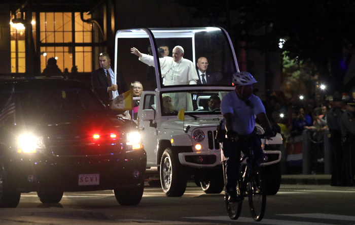 Pope Francis Parade and Feature Photos in Philadelphia. Photos by Kevin Cook