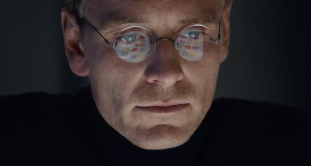 "Michael Fassbender stars in a scene from the movie ""Steve Jobs."" (CNS photo/Universal)"