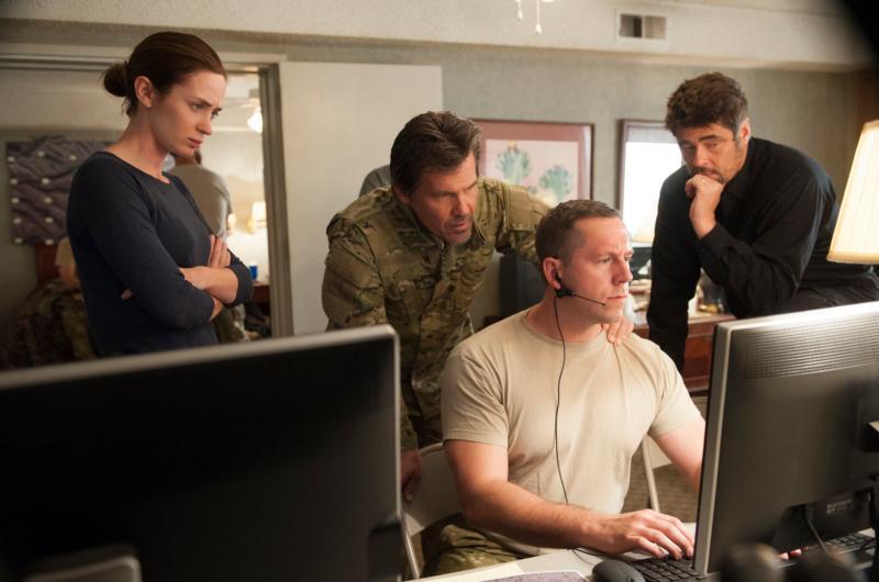 """Emily Blunt, Josh Brolin and Benicio Del Toro star in a scene from the movie """"Sicario."""" (CNS photo/Lionsgate)"""