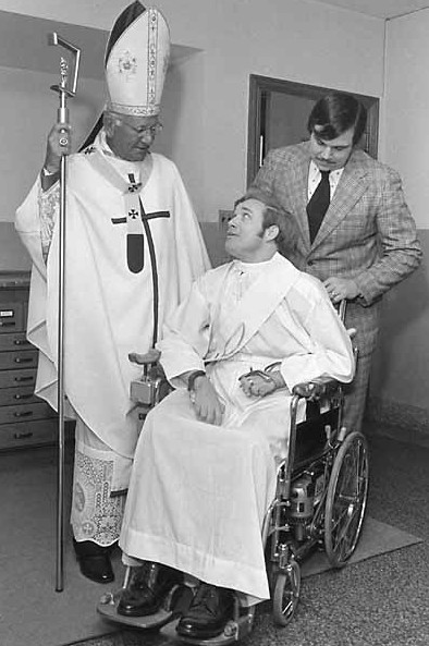 Cardinal John Krol talks with Father William Atkinson before his ordination as a priest in 1974. (Philadelphia Archdiocesan Historical Research Center: Robert and Theresa Halvey Photograph Collection)