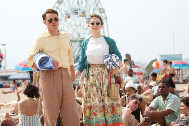 "Emory Cohen and Saoirse Ronan star in a scene from ""Brooklyn.""(CNS photo/Twentieth Century Fox)"