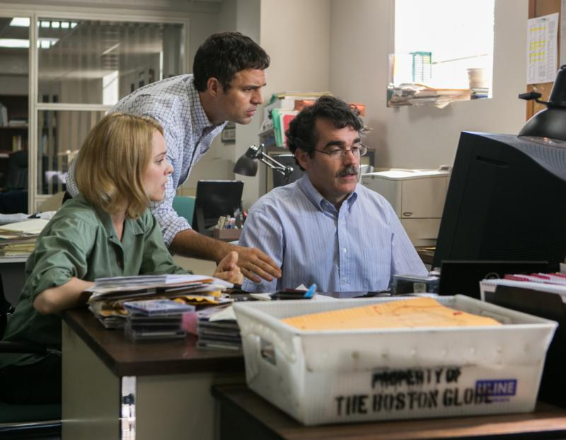 "Rachel McAdams, Mark Ruffalo and Brian d'Arcy James star in a scene from the movie ""Spotlight."" (CNS photo/Open Road Films)"
