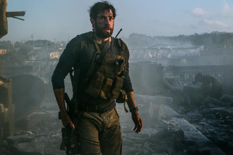 "John Krasinski stars in a scene from the movie ""13 Hours: The Secret Soldiers of Benghazi.""(CNS photo/Paramount)"
