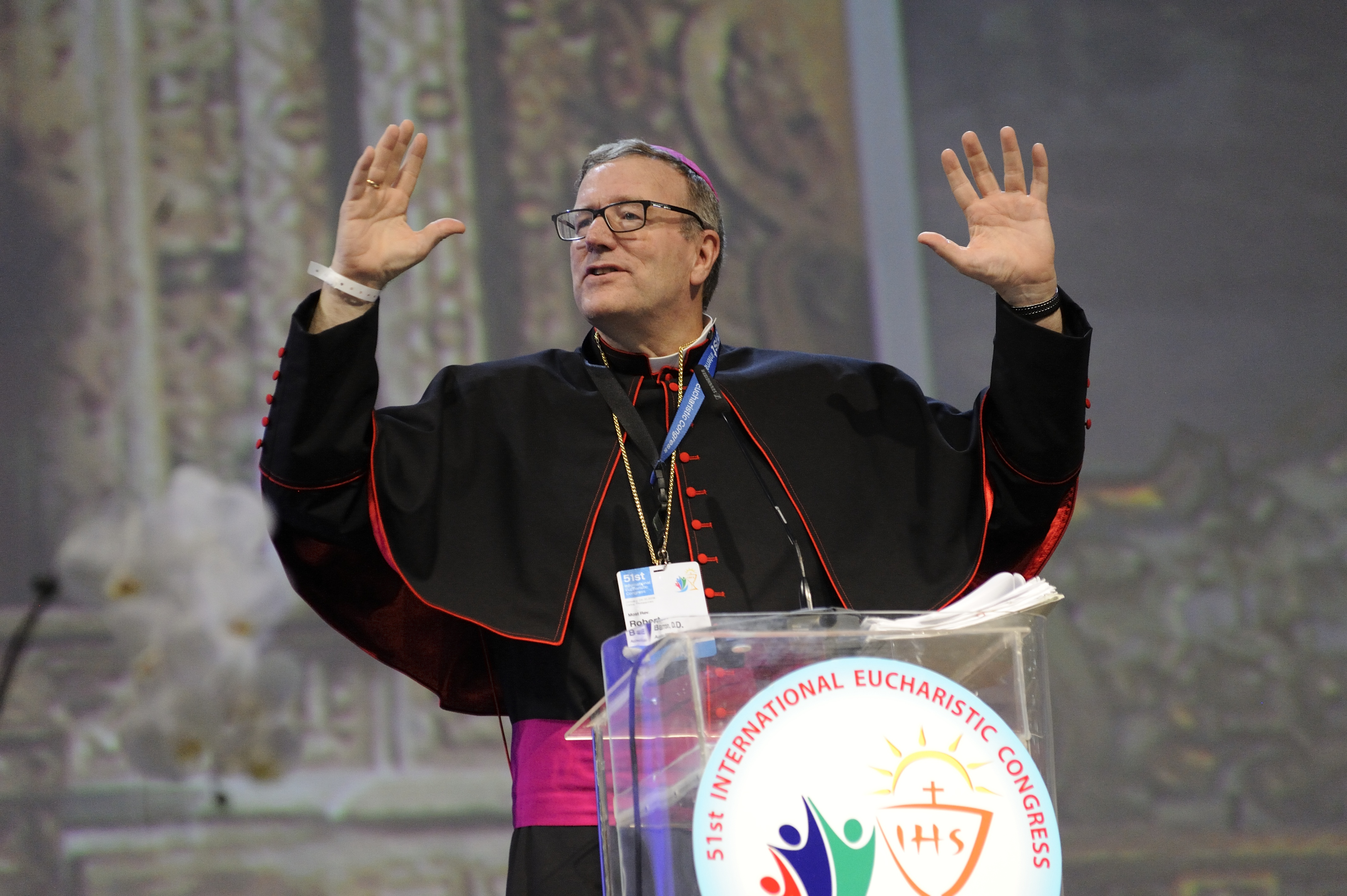 Los Angeles Auxiliary Bishop Robert E. Barron speaks at a session of the 51st International Eucharistic Congress in Cebu, Philippines, Jan. 26. (CNS photo/Katarzyna Artymiak)