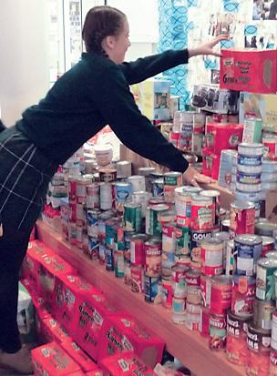 Hunger for Food (15) - vertical