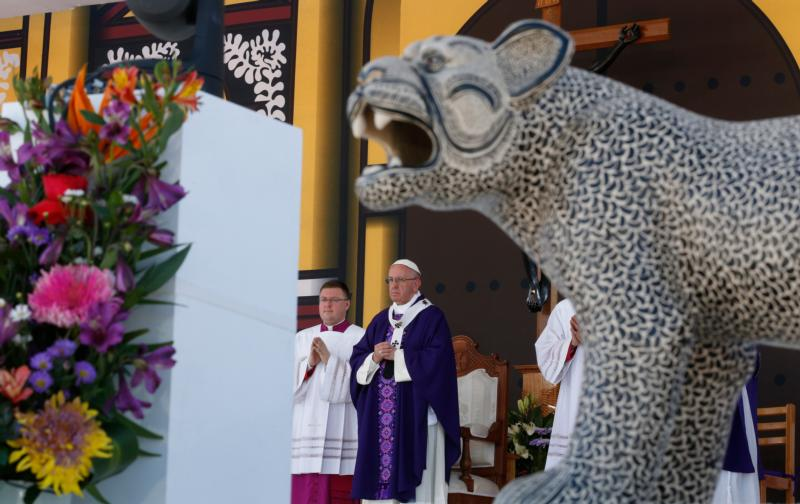 A panther decorates the altar as Pope Francis celebrates Mass with the indigenous community from Chiapas in San Cristobal de Las Casas, Mexico, Feb. 15. (CNS photo/Paul Haring)