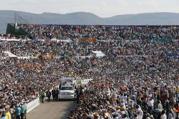 Pope Francis arrives for a meeting with families at the Victor Manuel Reyna Stadium in Tuxtla Gutierrez, Mexico, Feb. 15. (CNS photo/Paul Haring)