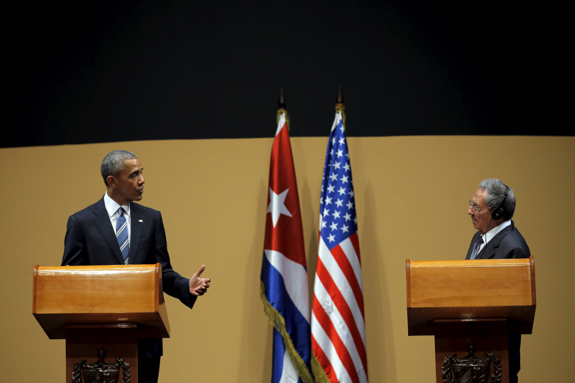 U.S. President Barack Obama and Cuban President Raul Castro hold a news conference in Havana March 21. (CNS/photo Carlos Barria)