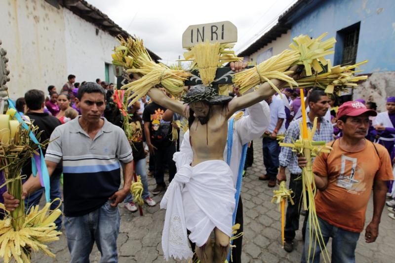 People in Izalco, El Salvador, celebrate Holy Week in this April 2, 2015, file photo. Police in some Salvadoran cities have begun patrolling in an effort to prevent violence during Holy Week. (CNS photo/Oscar Rivera, EPA)