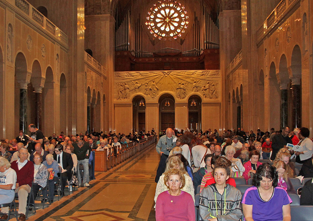 Faithful from the Archdiocese of Philadelphia pray together April 23 during the archdiocesan pilgrimage to the Basilica of the Shrine of the Immaculate Conception in Washington, D.C. (Photo by Lou Baldwin)