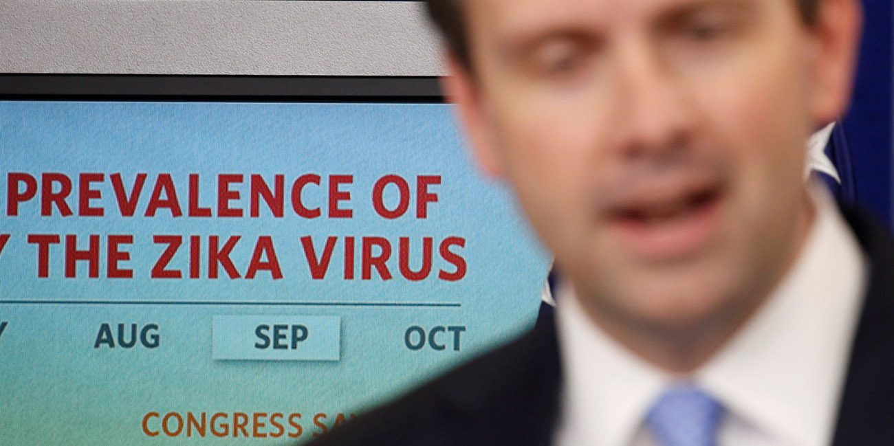 White House spokesman Josh Earnest speaks about legislation to fund the fight against the Zika virus during a May 11 news briefing at the White House in Washington. (CNS photo/Kevin Lamarque, Reuters)