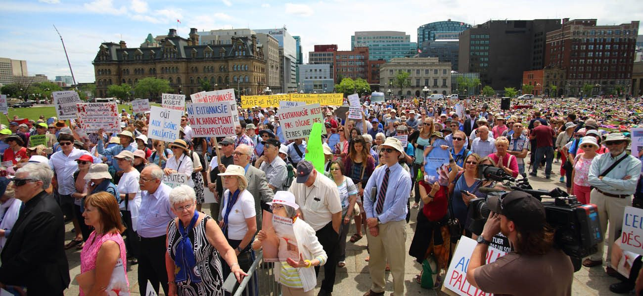 Opponents of the assisted suicide bill C-14 rally June 1 on Parliament Hill in Ottawa, Ontario.  (CNS photo/Art Babych)