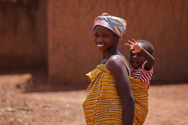 African mother and child Credit Sura Nualpradid Shutterstock CNA
