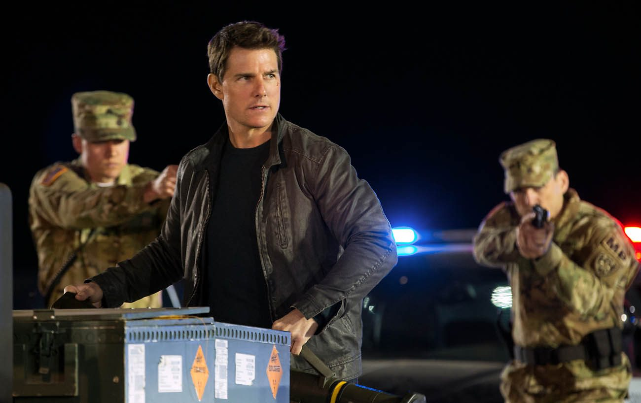 "Tom Cruise stars in a scene from the movie ""Jack Reacher: Never Go Back.""  (CNS photo/Paramount)"
