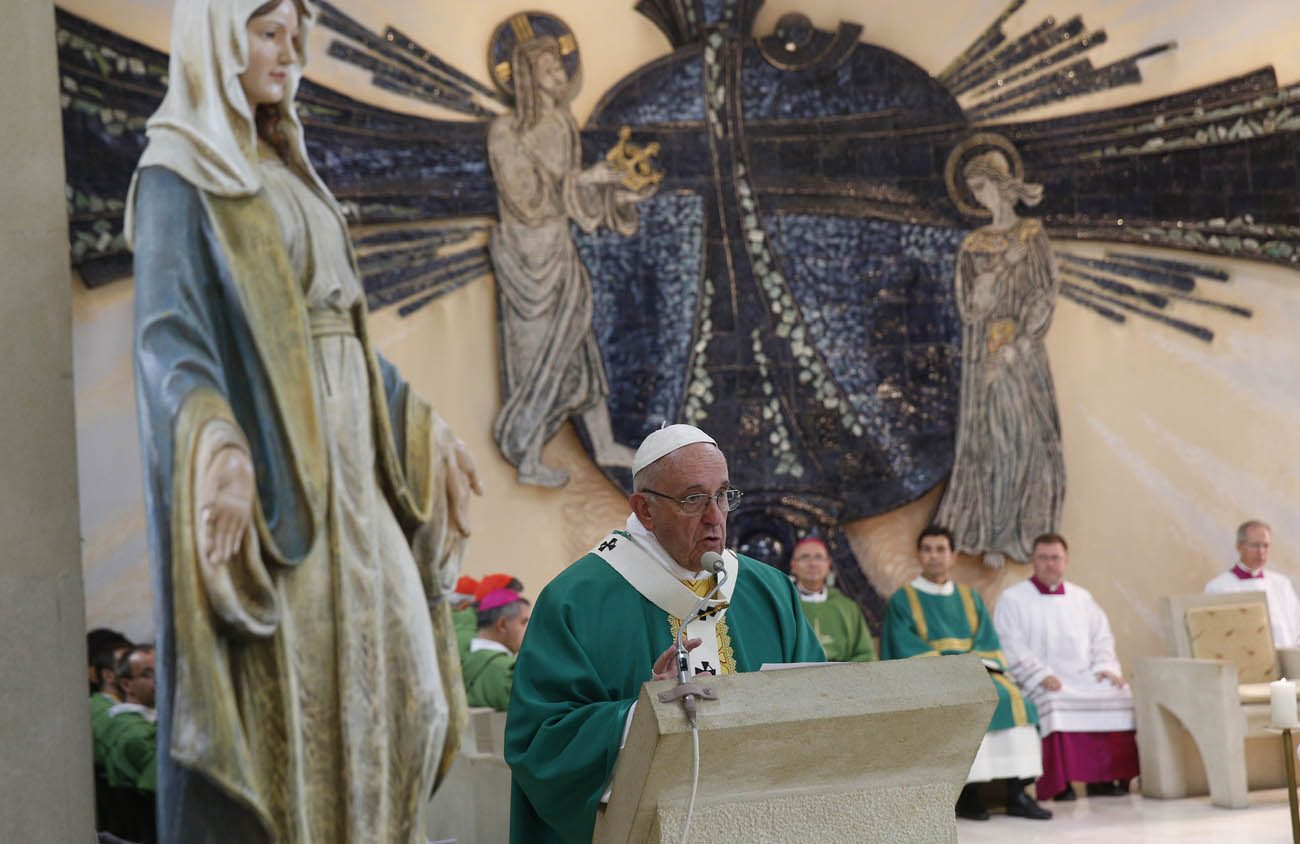 Pope Francis gives the homily as he celebrates Mass at the Church of the Immaculate Conception in Baku, Azerbaijan, Oct. 2. (CNS photo/Paul Haring)
