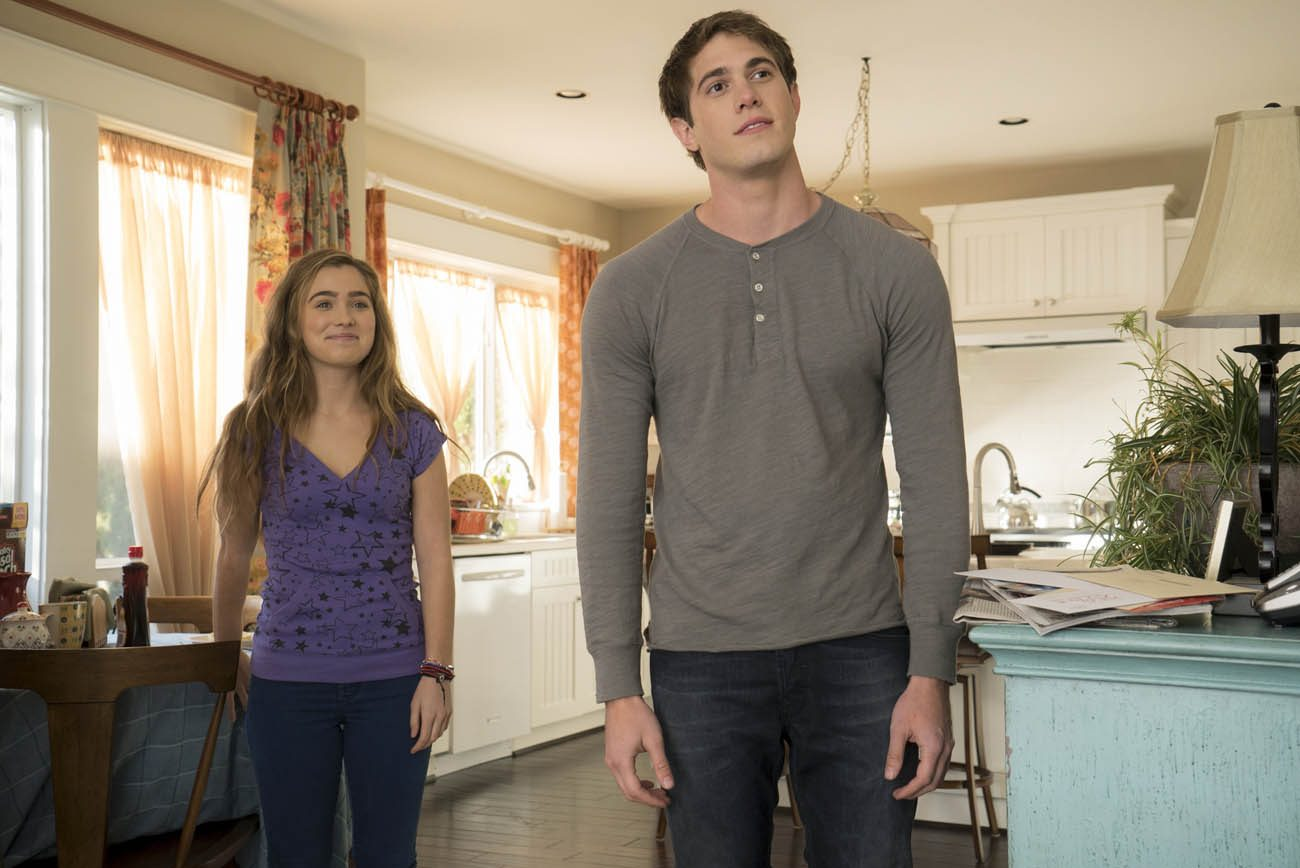 "Haley Lu Richardson and Blake Jenner star in a scene from the movie ""The Edge of Seventeen.""  (CNS photo/STX Productions)"