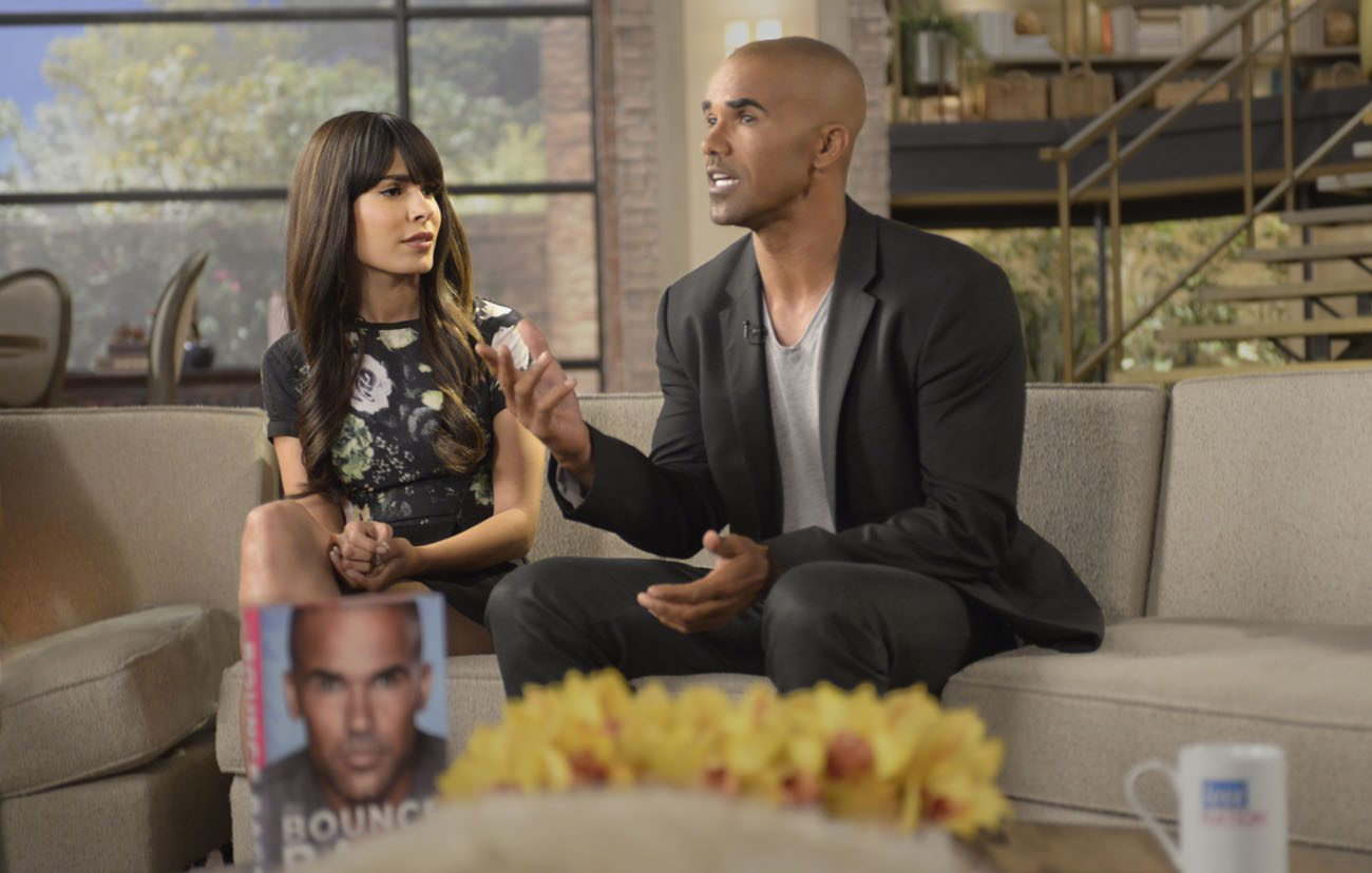 "Nadine Velazquez and Shemar Moore star in a scene from the movie ""The Bounce Back.""  (CNS photo/Viva)"