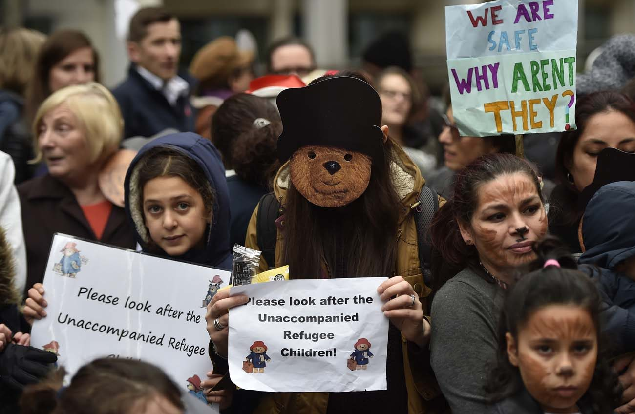 Demonstrators gather during a children's refugee protest in 2016 in London. (CNS photo/Hannah McKay, EPA)
