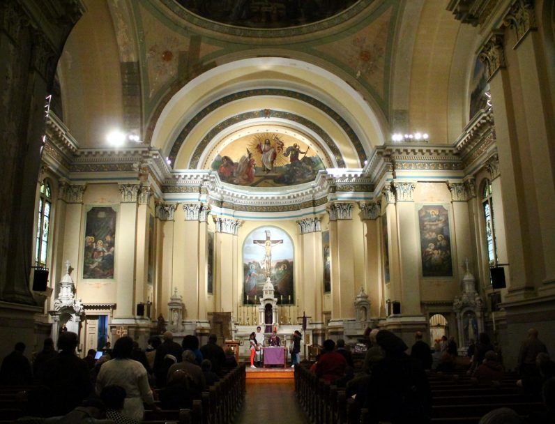 Father Joseph Cummins, C.M., celebrates Mass at St. Vincent de Paul Church marking the end of 24 Hours for the Lord.