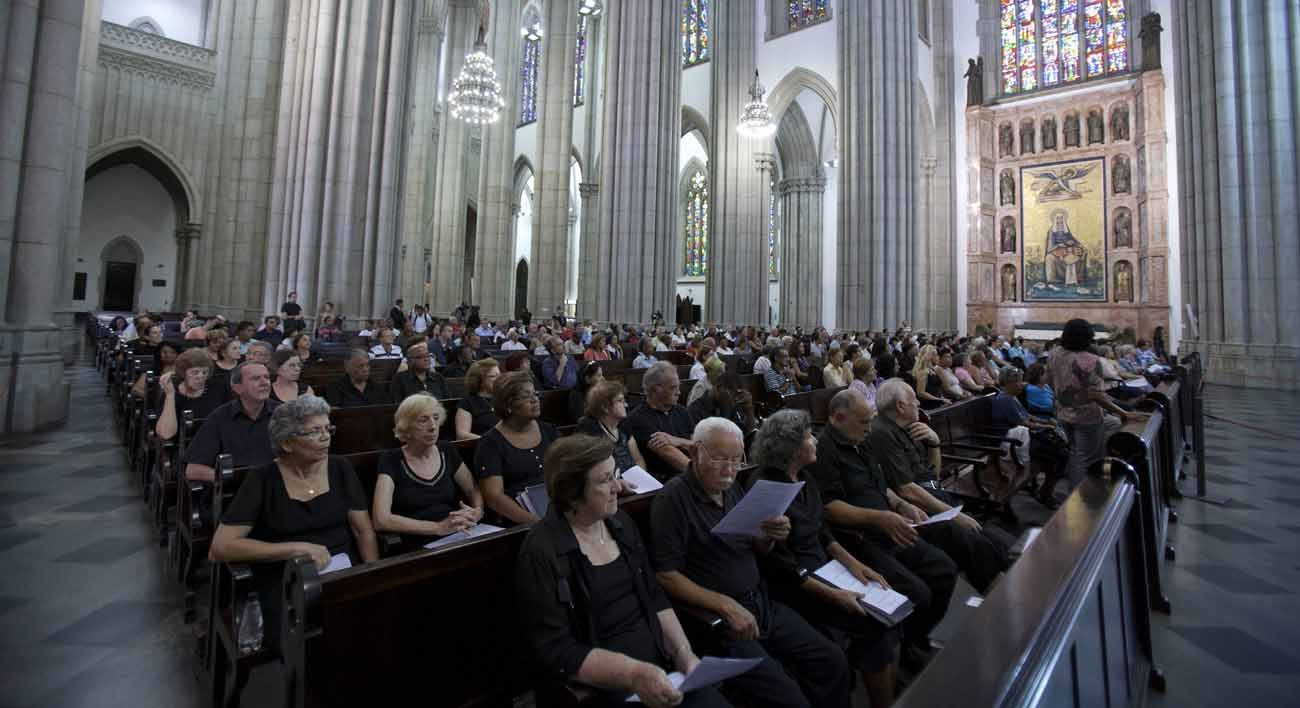 People attend Mass in 2013 at the cathedral in Sao Paulo. Brazil is one of 10 countries with the most Catholics that account for almost 56 percent of the world's Catholic population, the Vatican reported.(CNS photo/Sebasti o Moreira, EPA)