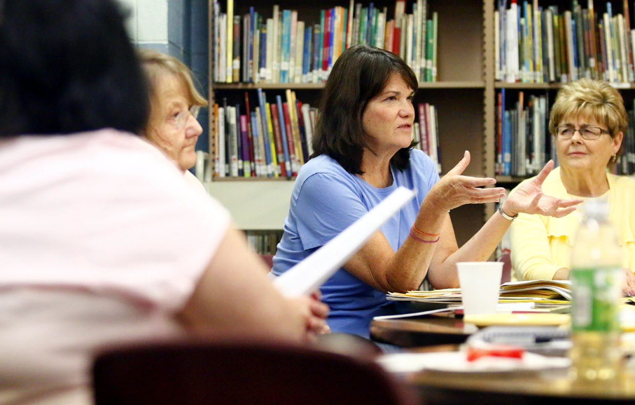 Fran Williams leads a discussion during a recent meeting in the spring session of the Bereavement Support Group of Christ the King Parish, Philadelphia, a group she formed in 2004. (Sarah Webb)