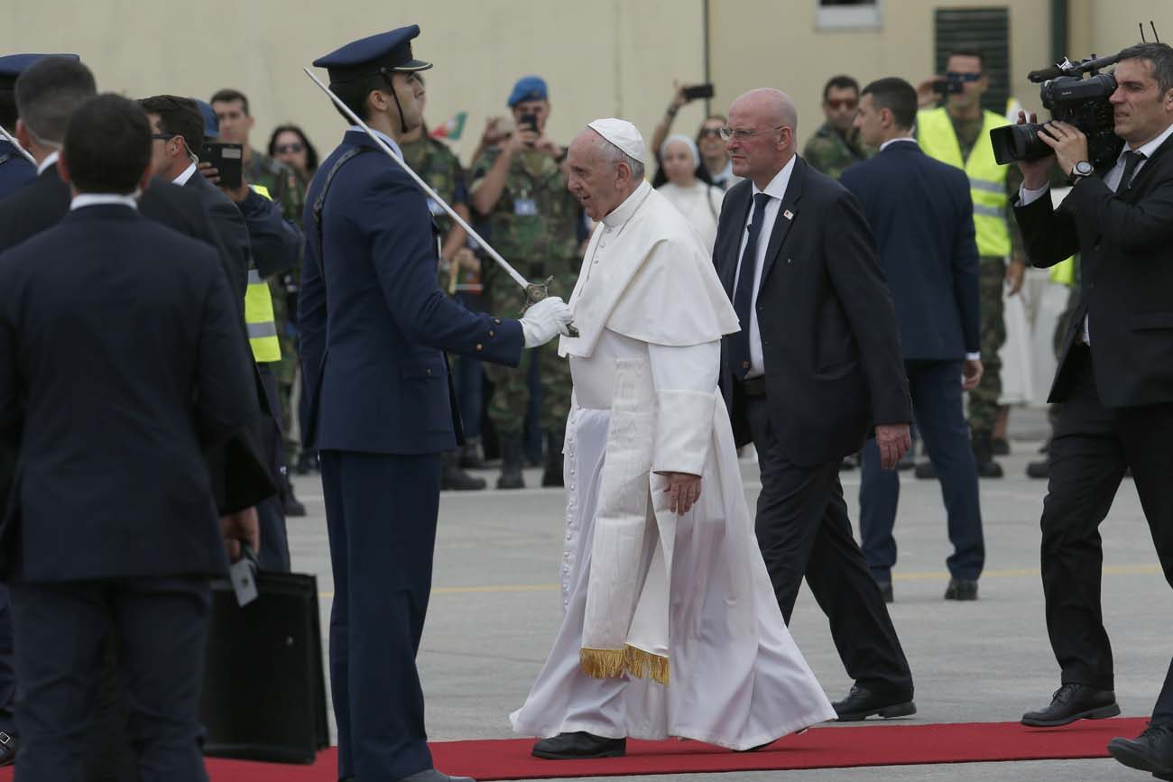 Pope Francis arrives May 12 at Monte Real air base in Leiria, Portugal. (CNS photo/Paul Haring)