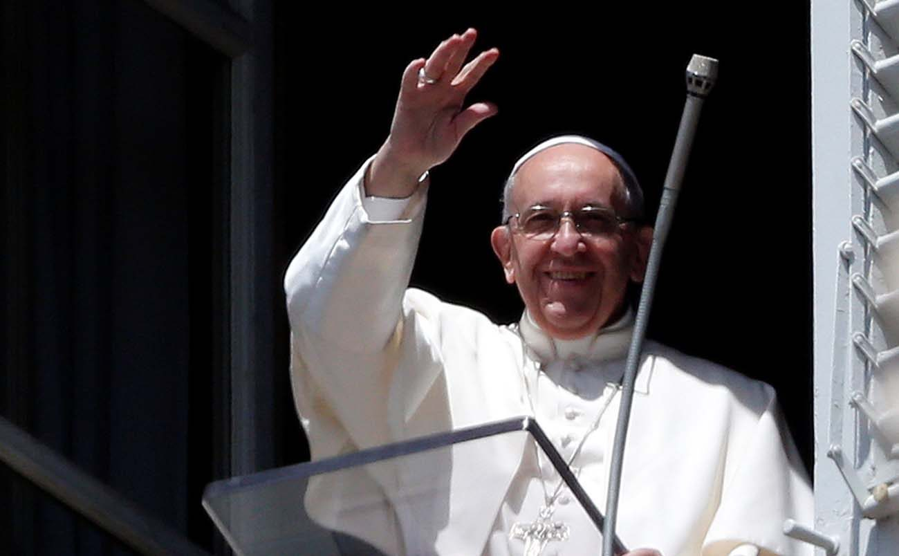 Pope Francis waves as he arrives to lead the Regina Coeli ion St. Peter's Square at the Vatican May 14. (CNS photo/Stefano Rellandini, Reuters)