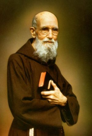 The sainthood cause of Wisconsin-born Father Solanus Casey (1870-1957), a Capuchin priest and doorkeeper at Franciscan friaries in New York and Detroit, has advanced to the beatification stage after Pope Francis approved a miracle attributed to his intercession. Father Casey is pictured in an undated image. (CNS photo)