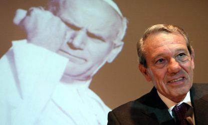 Joaquin Navarro-Valls, longtime Vatican spokesman, dead at 80