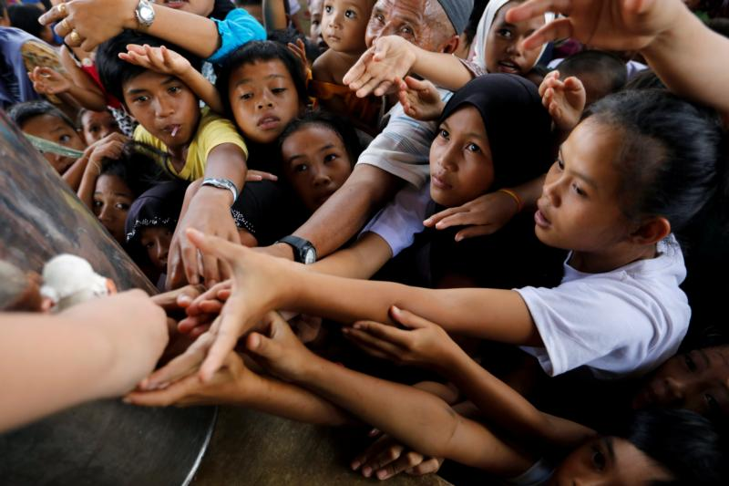 Philippines: jihadists force children to fight