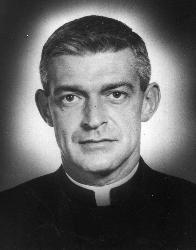 Maryknoll Father Vincent R. Capodanno  (CNS file photo)