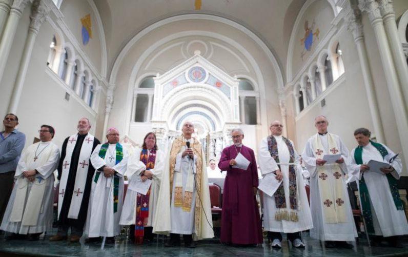 At border, Catholic bishops continue urging family reunification – Catholi...