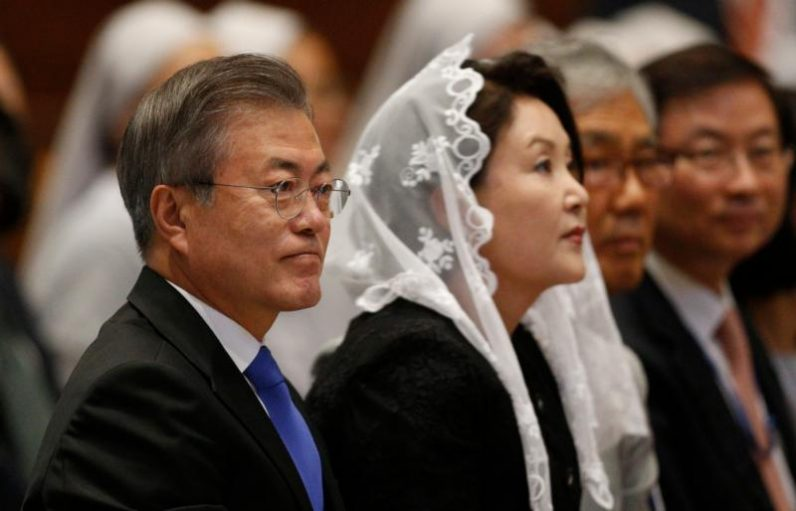Pope, meeting South Korean leader, says he's open to visiting North – Cathol...