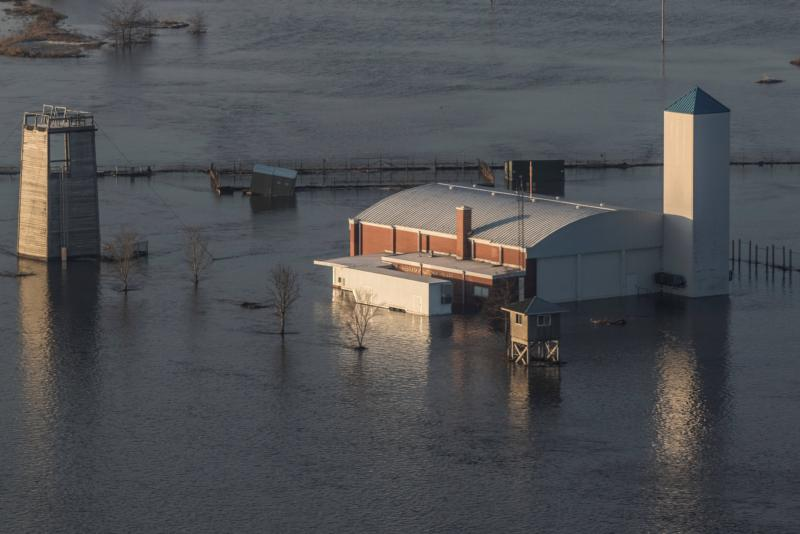 Historic flooding in Midwest threatening lives, destroying