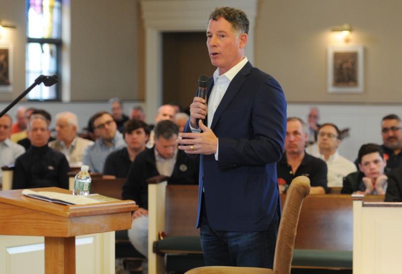 New York Giants Coach Gives Pointers On Prayer Faith To