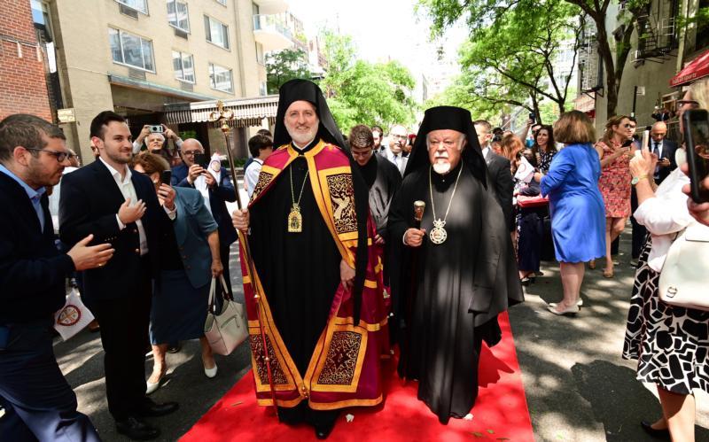 Greek Orthodox, Catholic leaders look at goodwill churches